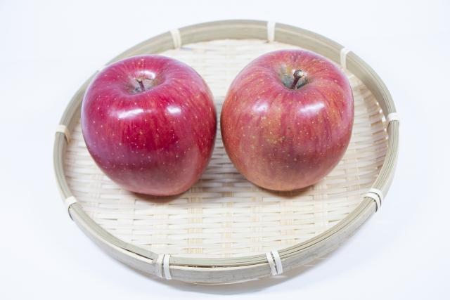 2個の林檎